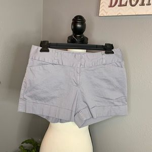 The Limited Blue Gray size 6 Drew Fit shorts GUC